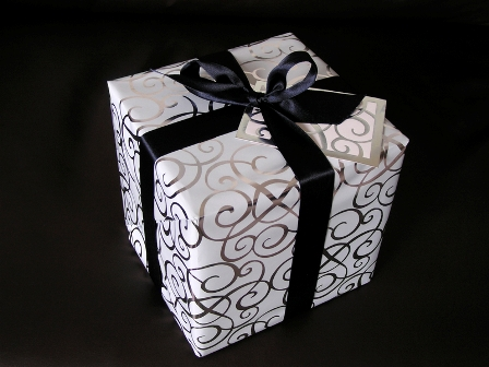 7 Wedding Gift : Wedding Gifts Designs Ideas Unique Romantic Simple