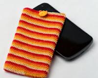 http://translate.googleusercontent.com/translate_c?depth=1&hl=es&rurl=translate.google.es&sl=en&tl=es&u=http://crocheterie.blogspot.com.es/2012/06/candy-roll-phone-sweater-crochet.html&usg=ALkJrhgYPlwkG33N34BsY3nWAK4GcAQi5A