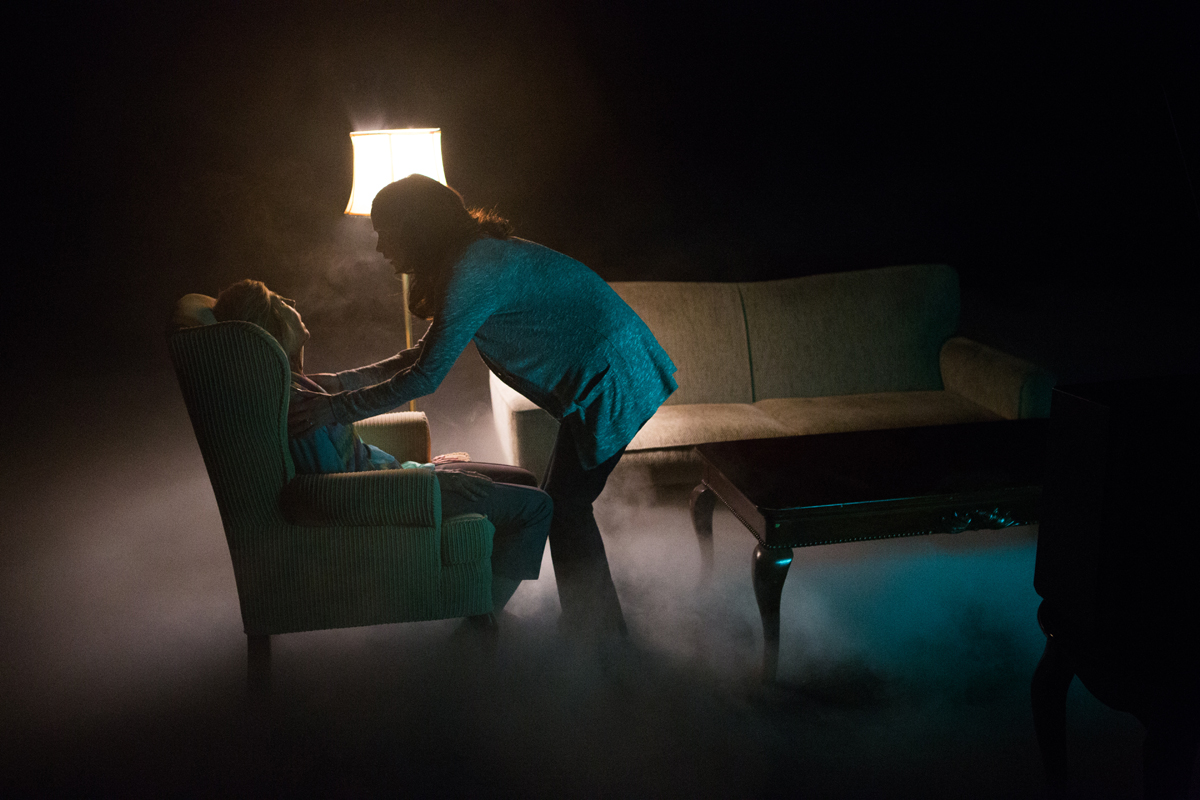 Insidious: Chapter 2 horror movieloversreviews.blogspot.com