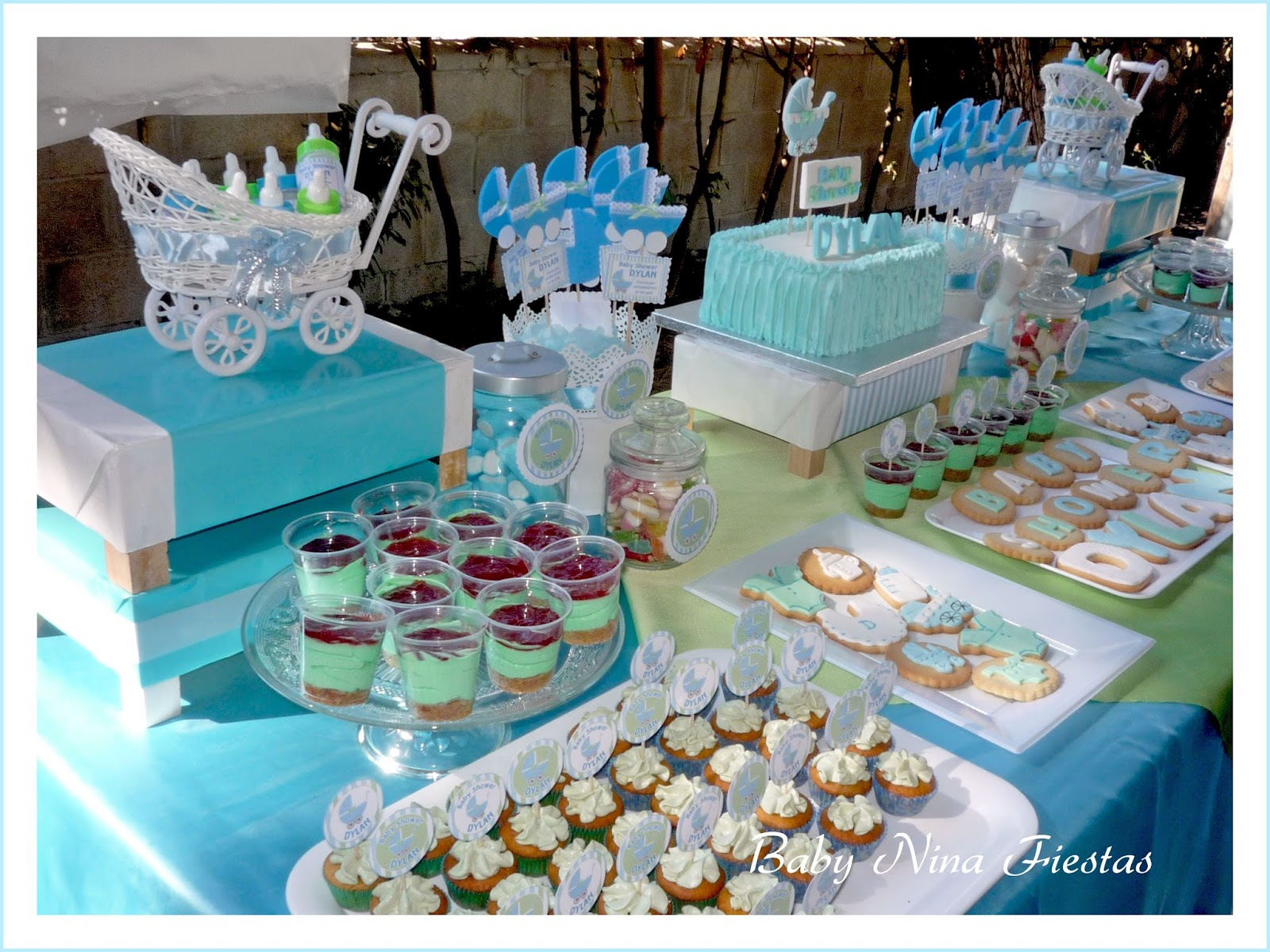Baby nina fiestas baby shower dylan for Mesa de dulces para baby shower nino