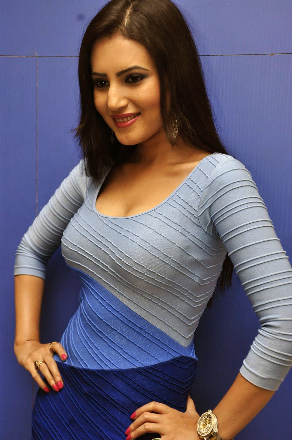 Anu smriti latest hot collection