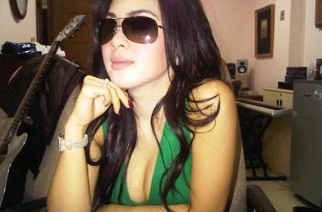 Linda Berani Selfie Bugil Pic 4 of 35
