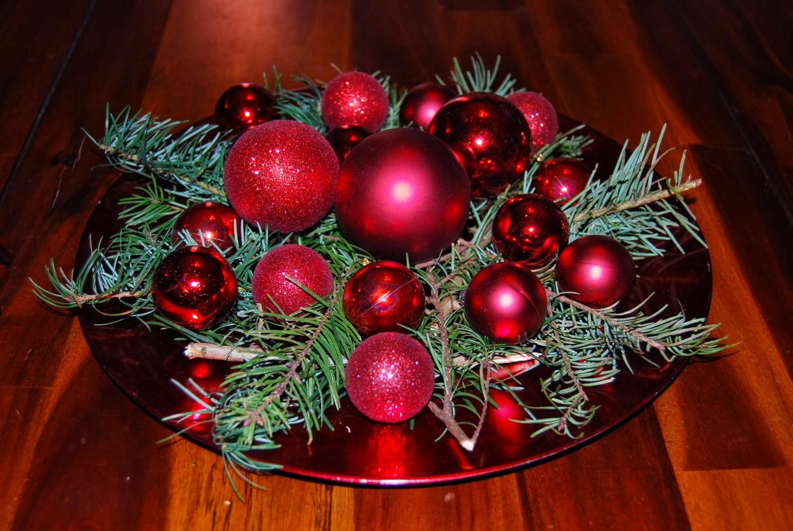 Centros de mesa navide os con esferas parte 3 for Centros navidenos