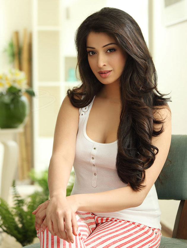 Hot latest lakshmi rai