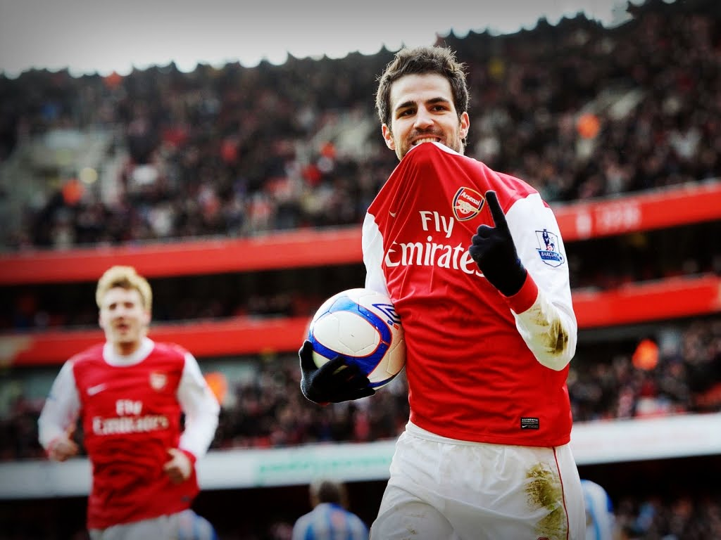 http://3.bp.blogspot.com/-kPrjlUnlm2g/TcZ7R9UvzUI/AAAAAAAAHQg/q3cW0xcCz0k/s1600/cesc-fabregas-download-besplatne-sportske-pozadine-za-desktop-slike-sport-nogomet-arsenal.jpg