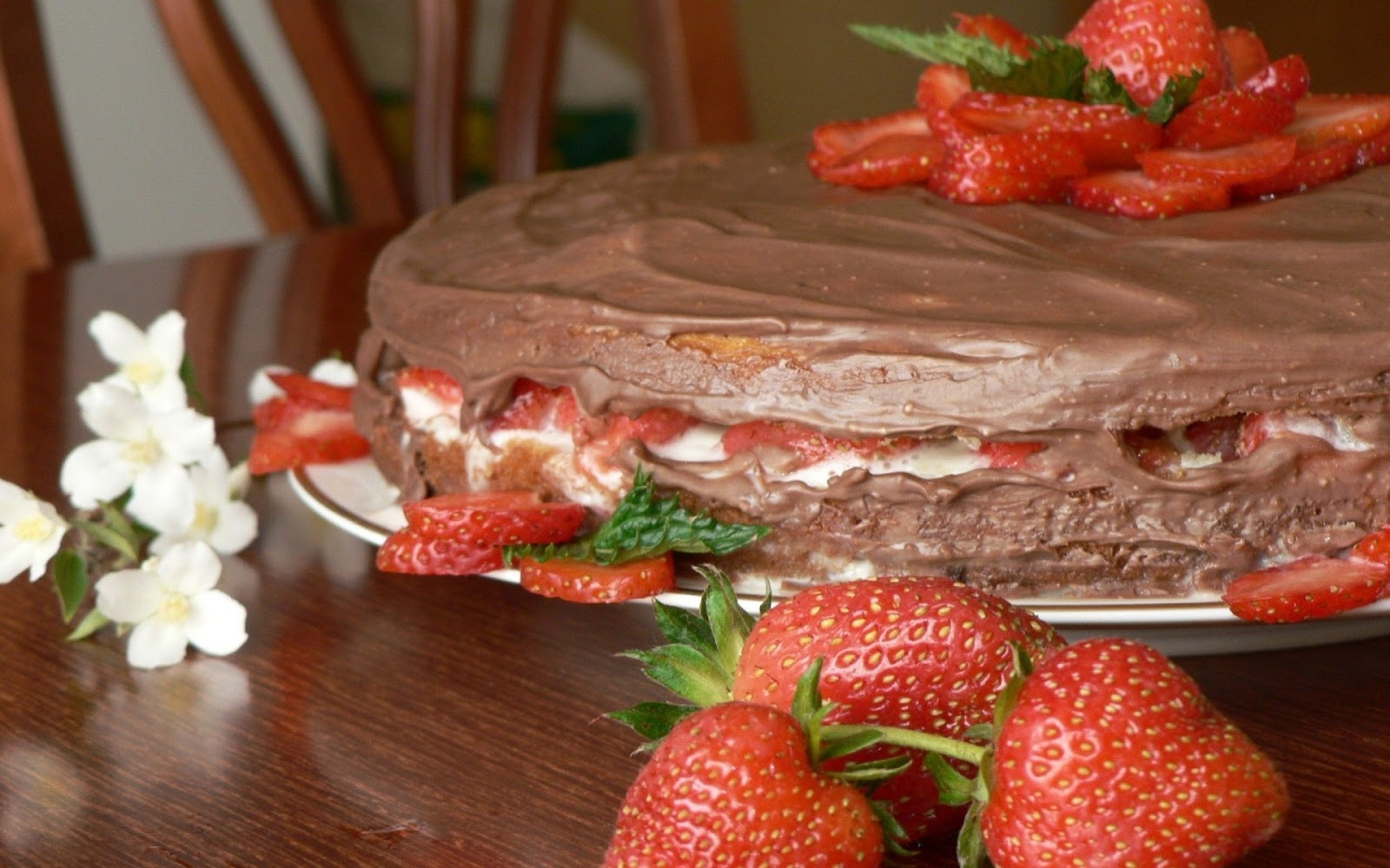 Sweet Cake Strawberries Dessert