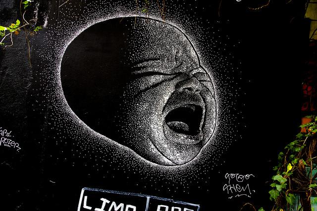 Cólico del bebé graffiti
