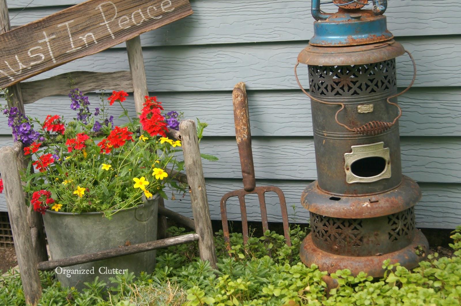 Broken Down Garden Junk www.organizedclutterqueen.blogspot.com