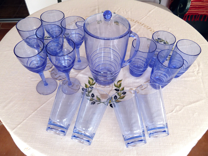 Digame for sale items for entertaining - Plastic sangria glasses ...