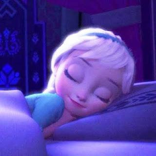 Foto Elsa Frozen Kecil Lagi Tidur