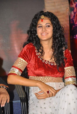 tapsee gorgeous at dharuvu audio launch actress pics