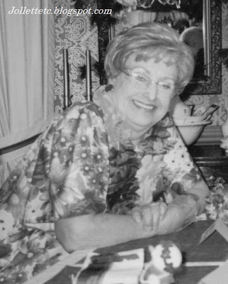 Mary Eleanor Davis Slade 2004