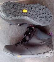 Sepatu Hitec Cherubino vibram