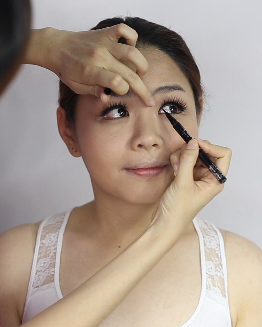 Wedding Makeup Liquid Eyeliner : Kawaii Japanese Bridal Makeup Lynette Tee Makeup ...