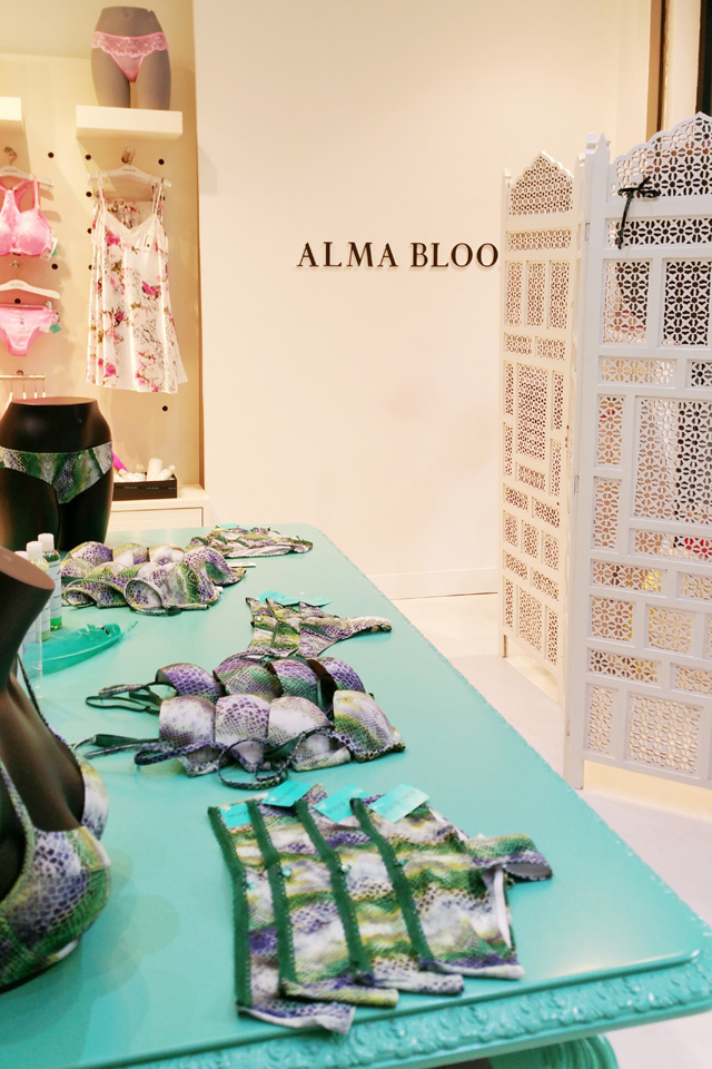 lenceria alma bloom