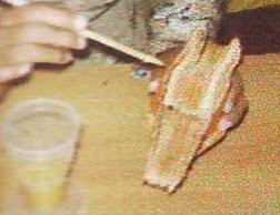 12. Tempat tisu dari bahan stik telah jadi dan siap digunakan