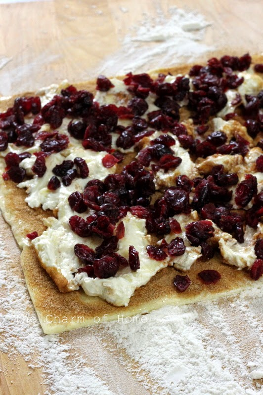 Cranberry and Brie Puff Pastry Shells