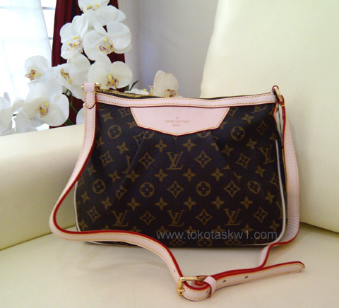 Kode: Tas Louis Vuitton Monogram New Sling Bag Semi Super