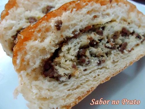 Receita de pão recheado com carne moída super fácil de fazer!