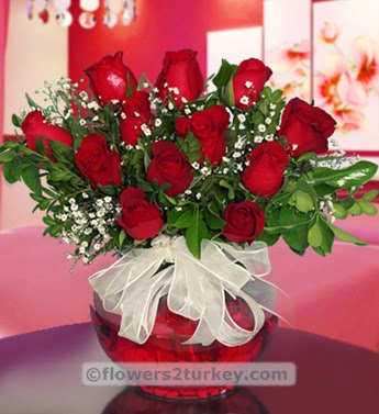 Red Roses in Bell Glass delivery in Turkey with price