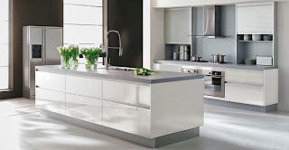 Un entretien régulier garde la cuisine propre