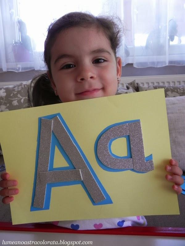 Invatam litera A, Alfabetul