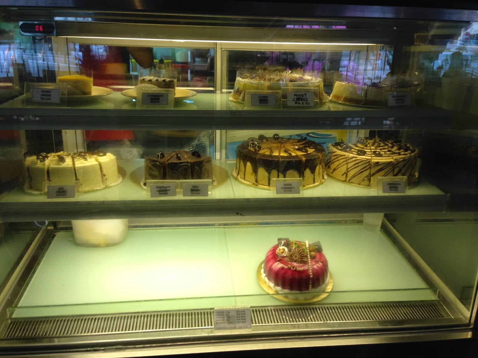 The Gate Cafe - Cakes Display