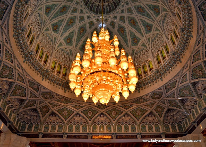 Sultan Qaboos Grand Mosque's largest chandelier