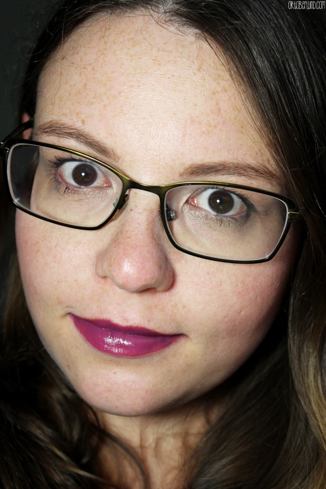 p2-all about berries-blurred lines ombre lipstick - shades of lilac - full face