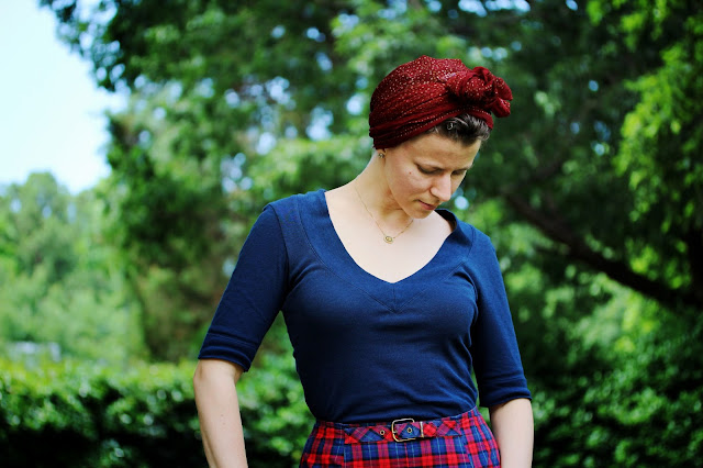 50s style head scarf and high waist shorts on ChatterBlossom #1950s