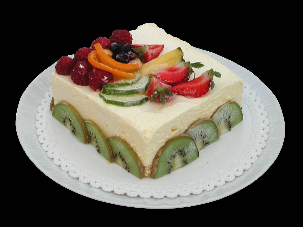كل عام وانتم بخير  بمناسبة عيد الفطر المبار Sweets_fruit_ice_cream_cake