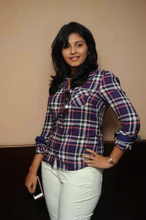 Actress Anjali Latest Photo Gallery