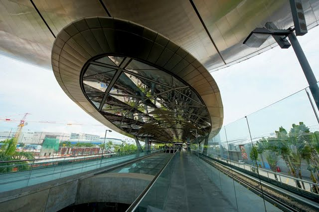how to go to merlion by mrt