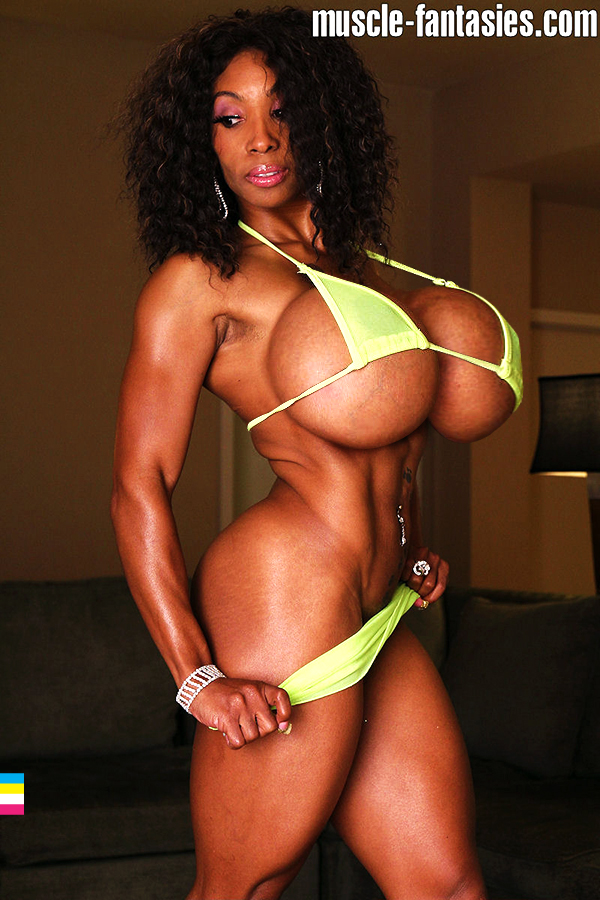 Muscle Girl Xl Tits