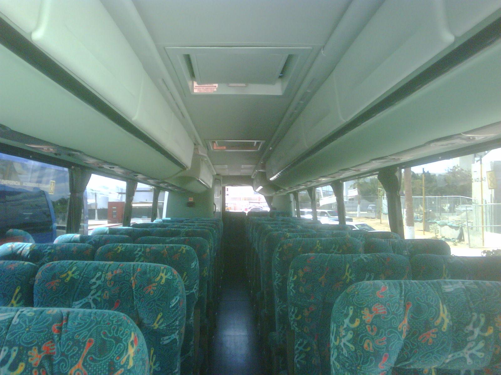 Coach 45 passengers
