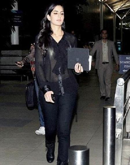 Katrina Kaif Wardrobe Malfunction Pics