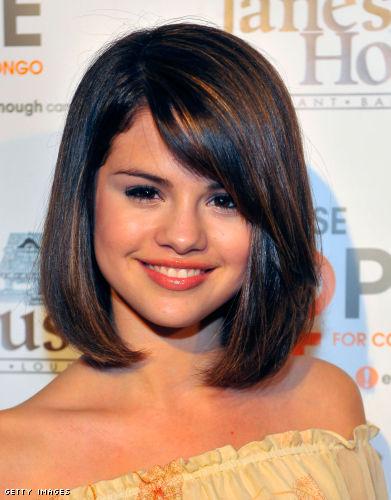 selena gomez new haircut. Selena Gomez New Haircut: hair