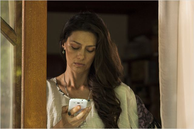 Maria Fernanda Cândido como Elisabete em O AMULETO