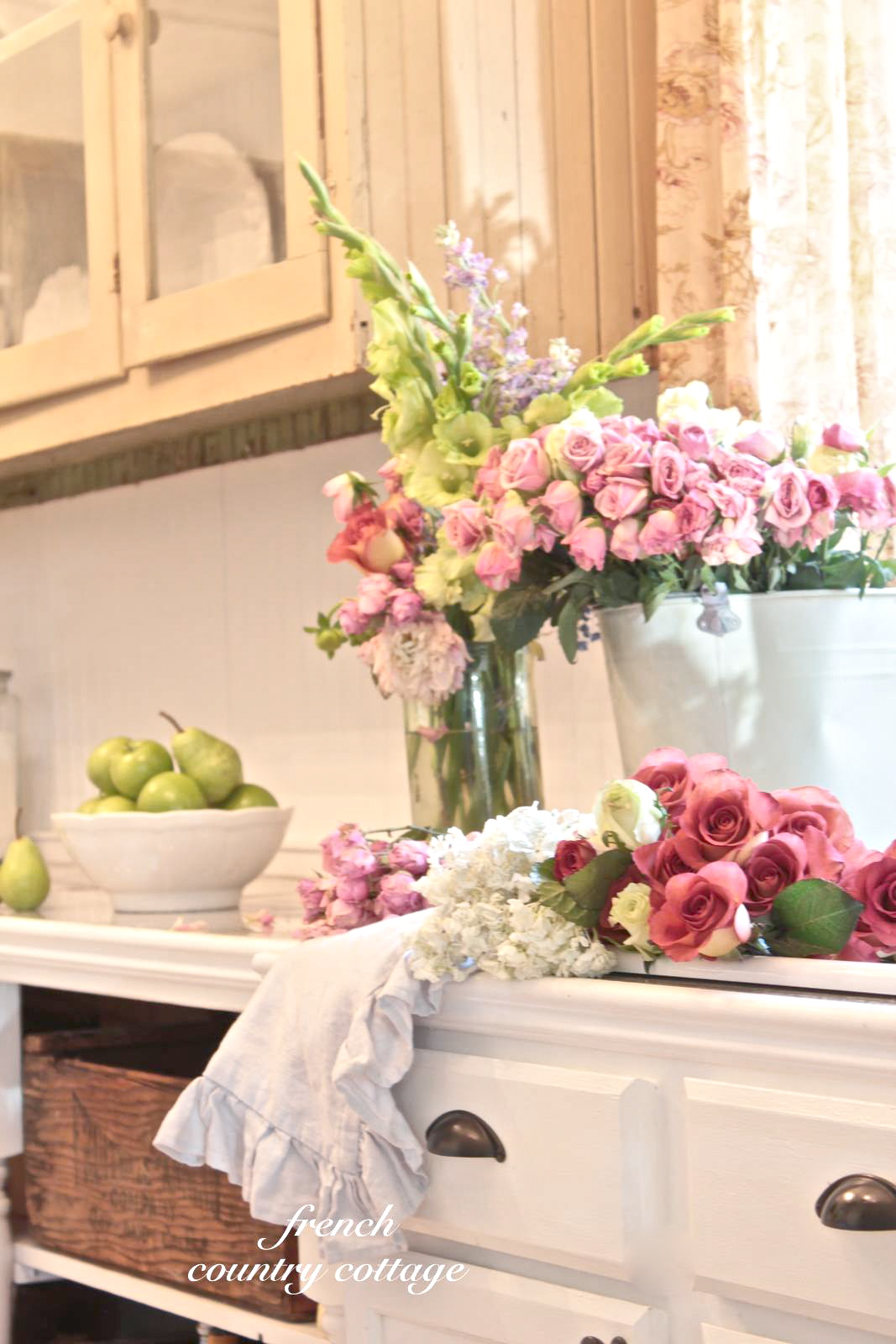 Courtney at french country cottage decorated the kitchen - Courtney At French Country Cottage Decorated The Kitchen 38