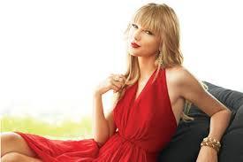 Taylor Swift de vermelho
