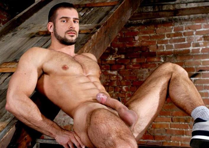 фото мужиков голых спортсменов