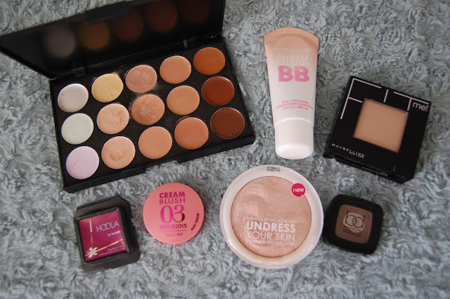 Holiday face makeup items