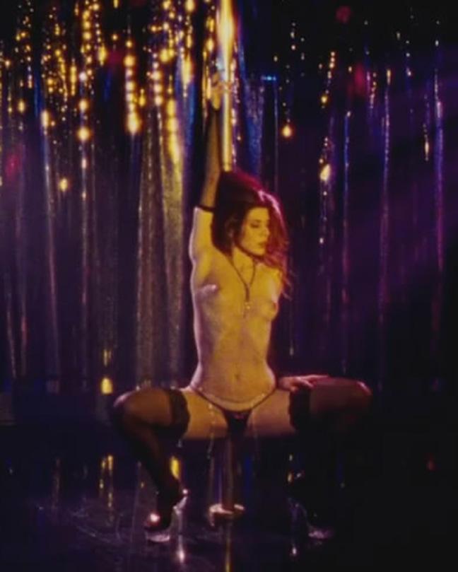Marisa Tomei Topless As Stripper - THE WRESTLER