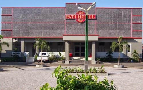 http://www.mediapati.com/2015/01/hotel-pati-dengan-fasilitas-bintang-lima.html