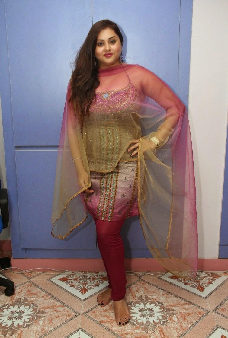 Namitha sizzling photos gallery-HQ-Photo-6