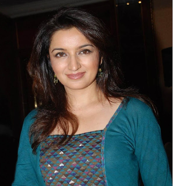 tisca chopra boobs size