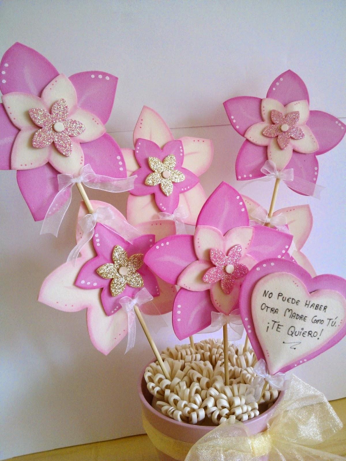 Cucadas de mami maceta decorada flores de goma eva para for Decoracion para pared dia de la madre