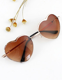 http://www.shein.com/New-2015-Summer-Fashion-Gold-Silver-Alloy-Heart-Shape-Acetate-Frame-Wrap-Sunglasses-p-217806-cat-1770.html?utm_source=thecherryblossomworld.blogspot.com&utm_medium=blogger&url_from=thecherryblossomworld