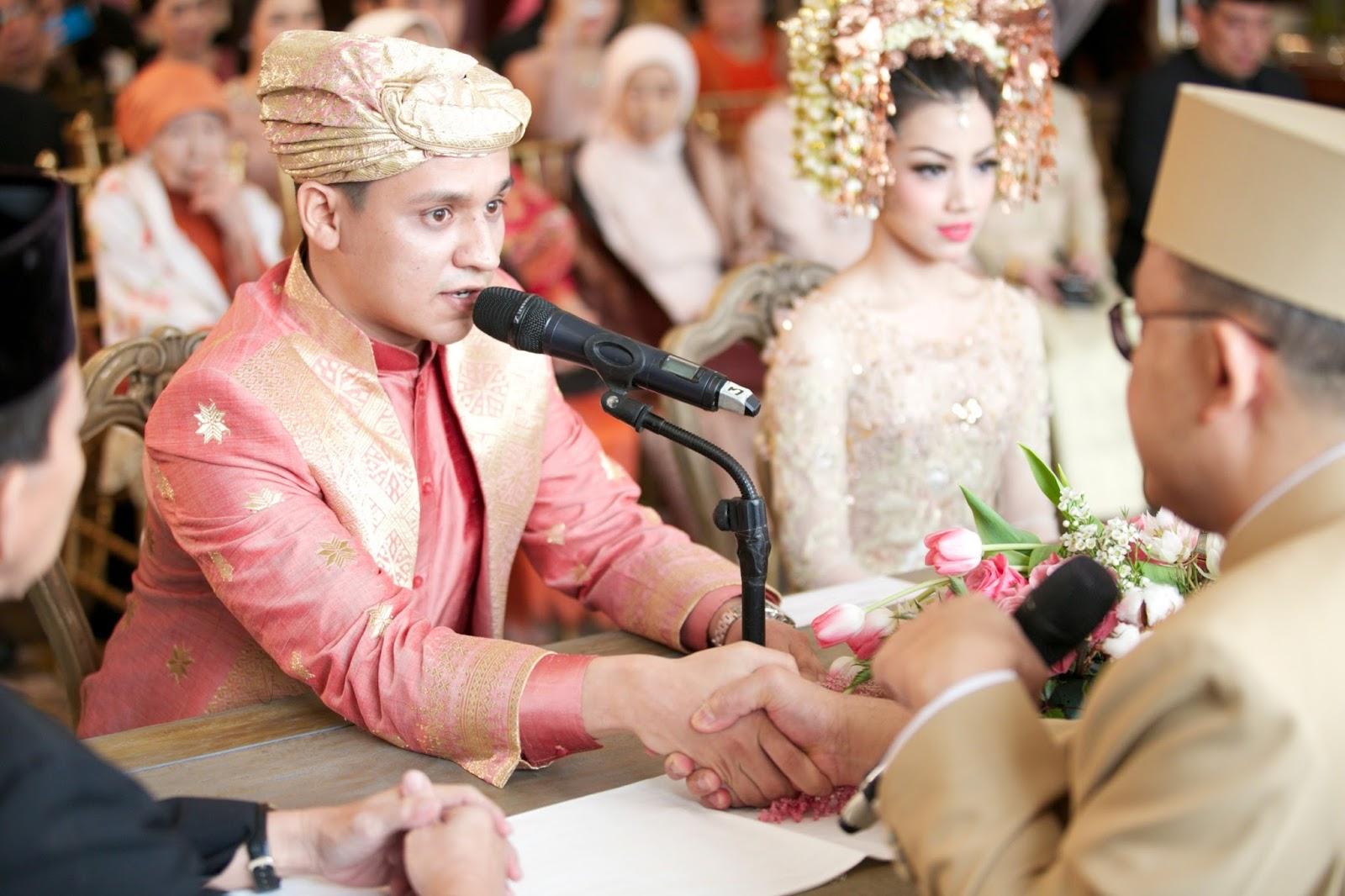 Alinda39s Blog Prosesi Pernikahan Adat Minang QuotBaralek Gadangquot