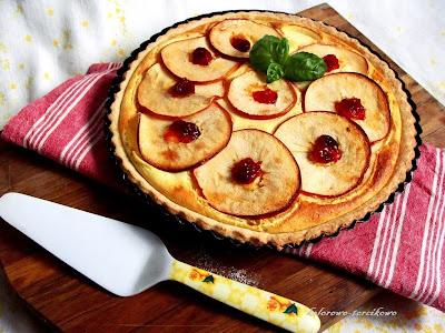 Serowa tarta z jabłkami